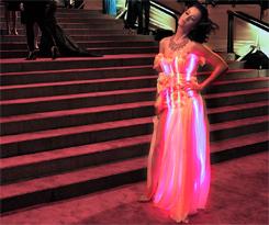 Katy Perry: vestido criado pela CuteCircuit para o Met Ball 2010